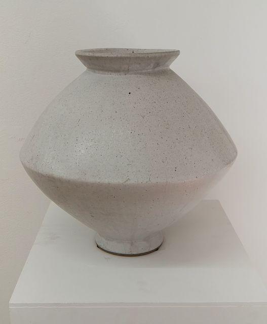 Young Jae Lee, 'Spindle vase', 2006 / 07, Bernhard Knaus Fine Art