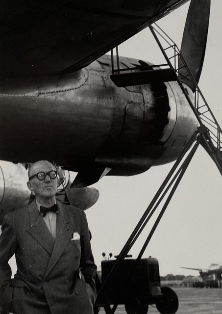 Lucien Hervé, 'Le Corbusier arrives in Dehli, India ', 1952, Photography, Vintage silver gelatin print, Michael Hoppen Gallery