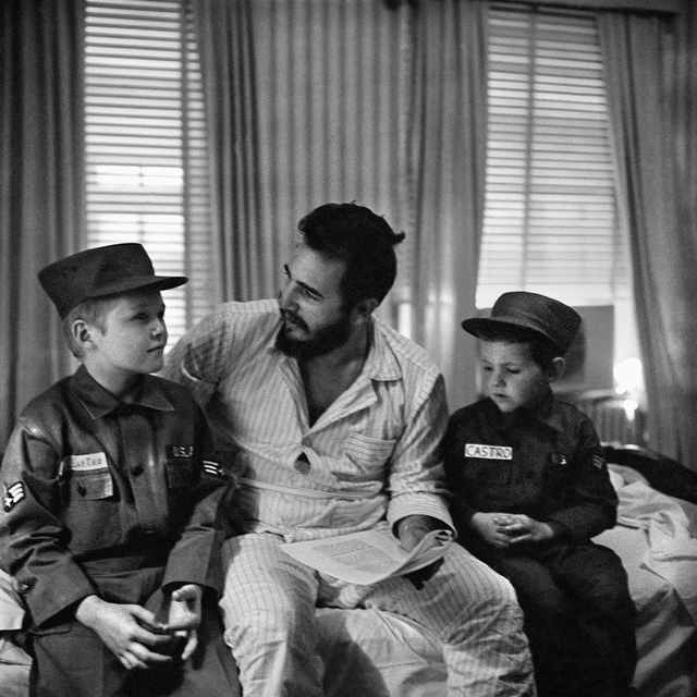 , 'Fidel Castro with American children Jack and Jeff, whose surname is also Castro, Washington. Saturday, April 18, 1959,' 1959, Sous Les Etoiles Gallery