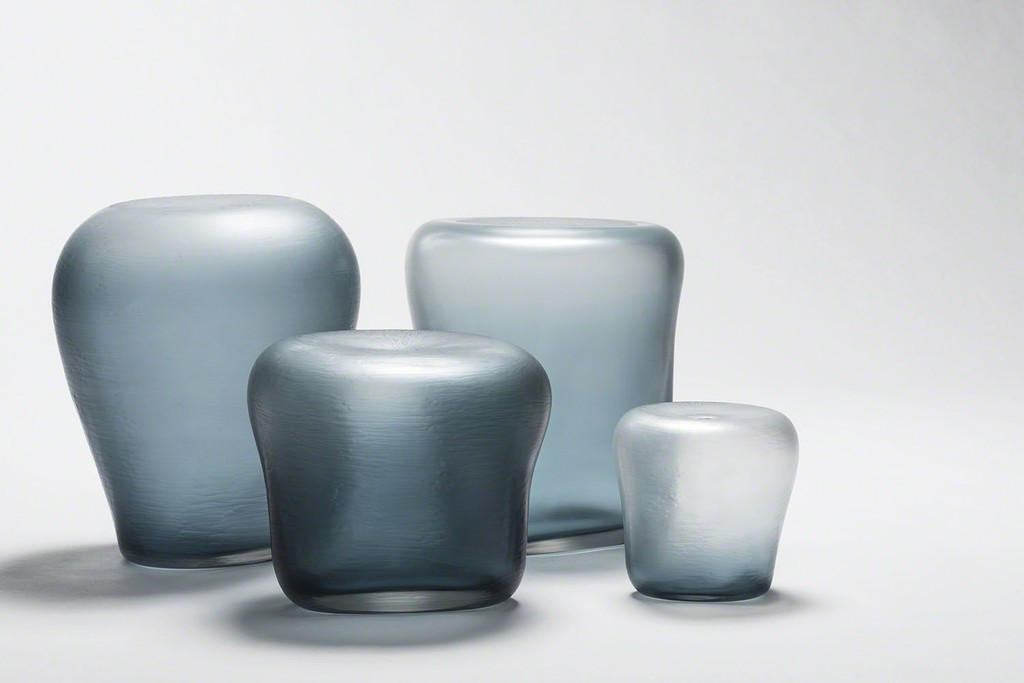 Oceano glass vases from the Canneto Laguna collection by Michela Cattai.