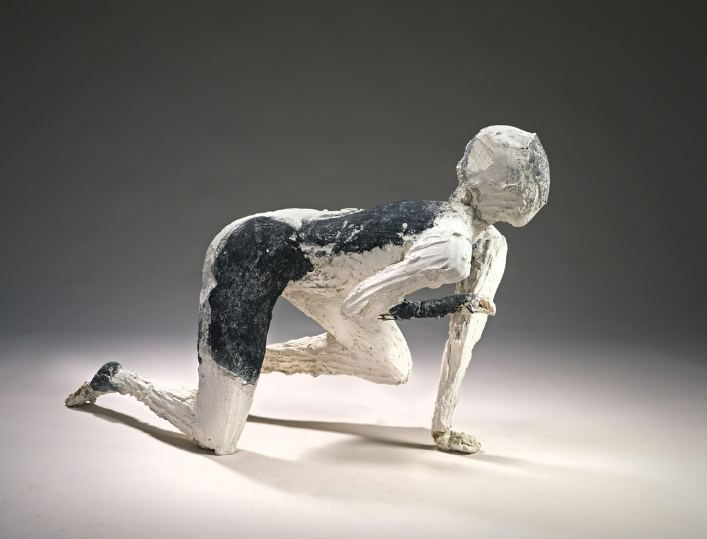 Manuel Neri, Bull Jumper III, 1989. Plaster with water-based pigment. Yale University Art Gallery, Gift of The Manuel Neri Trust. © The Manuel Neri Trust