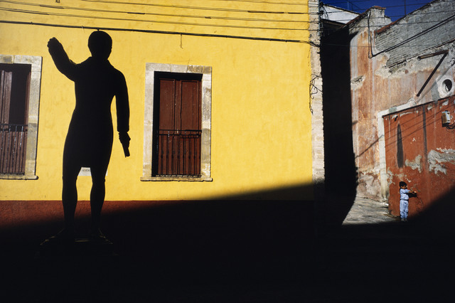 , 'Child and statue, Guanajuato. ,' 1987, Magnum Photos