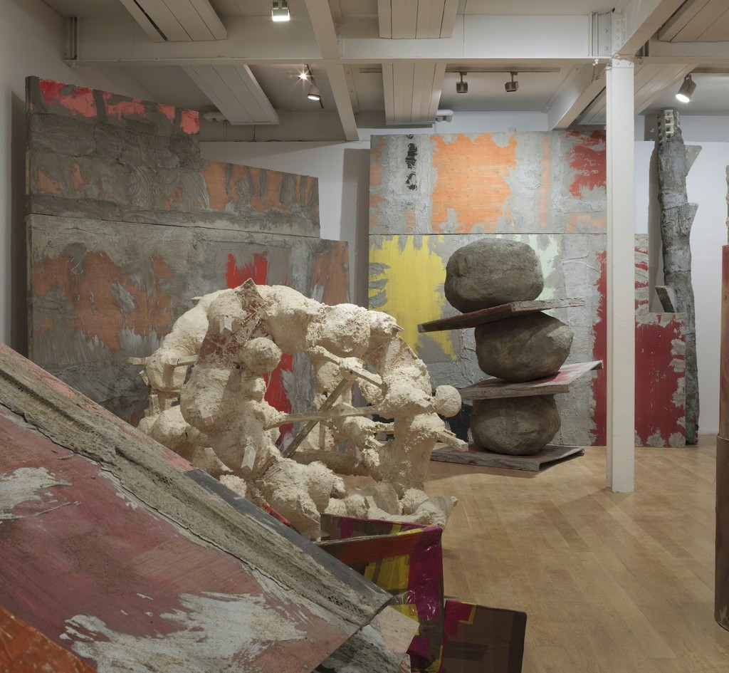 Phyllida Barlow, Installation view: set, The Fruitmarket Gallery,