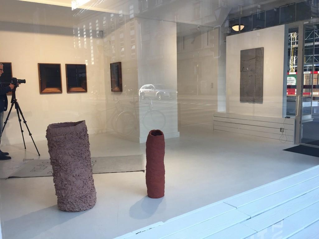 Installation Shot ADD SPACE BETWEEN Sophie Dupont, Karin Kurzmeyer, Sofie Thorsen, Theis Wendt