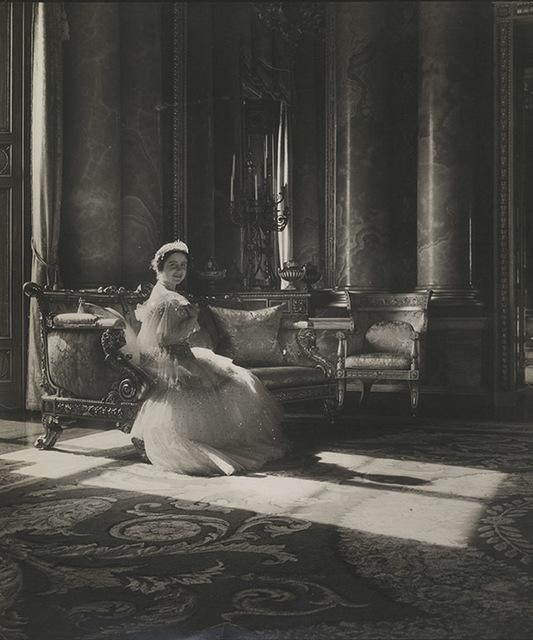 , 'Queen Elizabeth,' London 1939, Johannes Faber