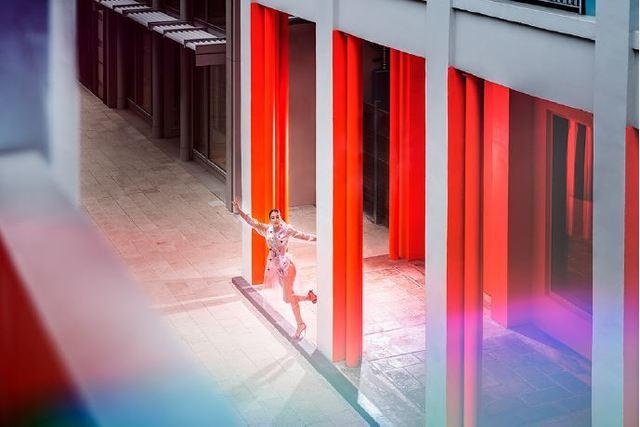 David Drebin, 'Fly with Me', 2018, Photography, Épreuve couleur / C-print, Galerie de Bellefeuille