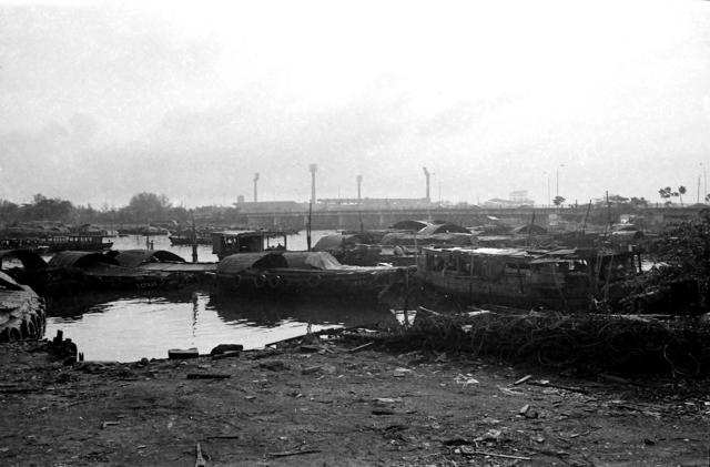 , 'Deserted Boats on Kallang River,' 1980, Yeo Workshop
