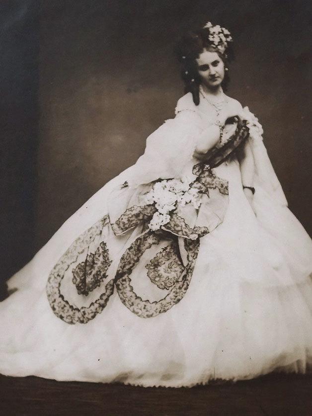 """COUNTESS DE CASTIGLIONE """"The Queen of Hearts"""", 1860/1930s"""