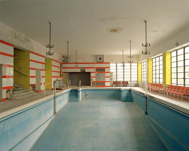 , 'Hallenbad im Südbahnhotel Semmering, AT, Architekten Emil Hoppe, Otto Schönthal,' 1991, Christine König Galerie