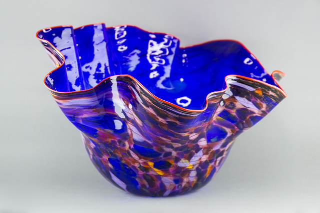 Dale Chihuly, 'Royal Blue Macchia with Para Red Lip', 2002, Modern Artifact