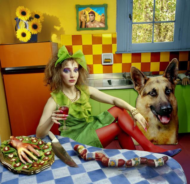 Marcos López, 'Tomando vino en la cocina. Buenos Aires', 2001, Photography, Inkjet print, Galeria El Museo