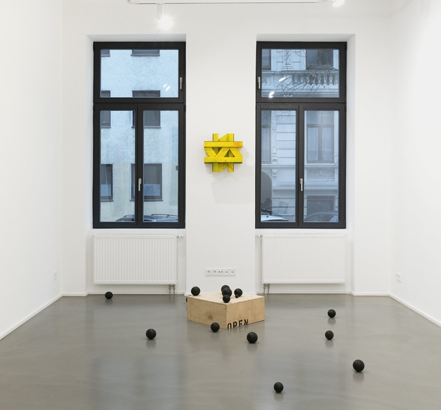 , 'Gott würfelt nicht,' 2018, Galerie Christian Lethert