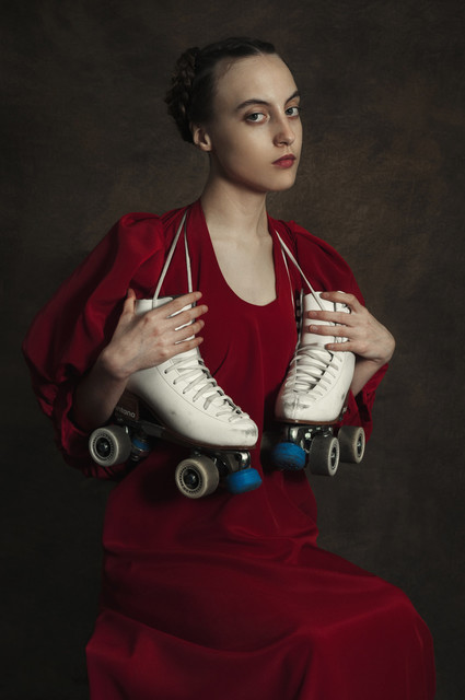 Romina Ressia, 'Woman with rollers', 2015, Laurent Marthaler Contemporary
