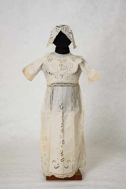 , 'Dress, bonnet and bib, for girl's name giving ceremony, Ioannina.,' 1926, Jewish Museum of Greece