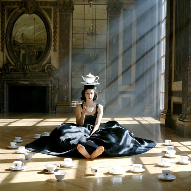 , 'Zoe Balancing Teapot on Head, Burden Mansion, New York, NY,' 2006, Gilman Contemporary