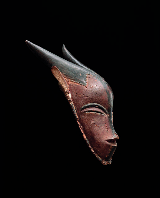 , 'Masque gu avec cornes (Gu Mask with horns),' 19th century, Musée du quai Branly
