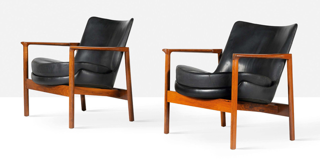 Ib Kofod-Larsen, 'Pair of lounge chairs', circa 1970, Aguttes
