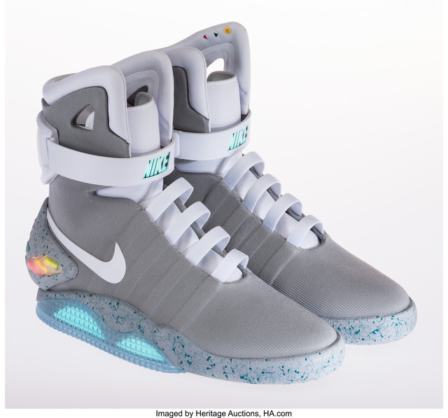 Nike   Air Mag (Back to the Future