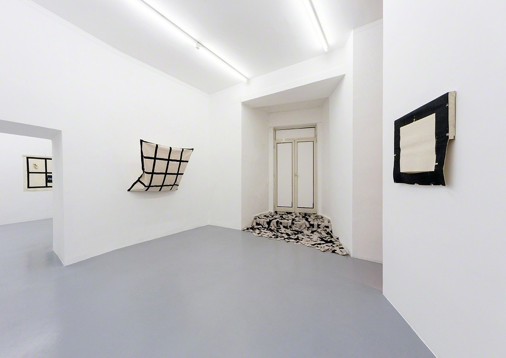 Eugenio Espinoza, Unlocking something, 2017, exhibition view at Galleria Umberto Di Marino, Napoli, Italy