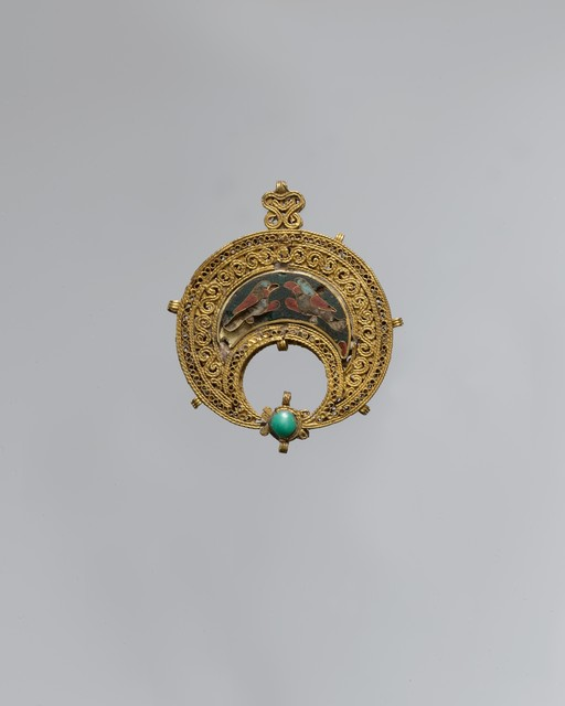 Unknown Designer, 'Crescent-Shaped Pendant with Confronted Birds', 11th century, The Metropolitan Museum of Art