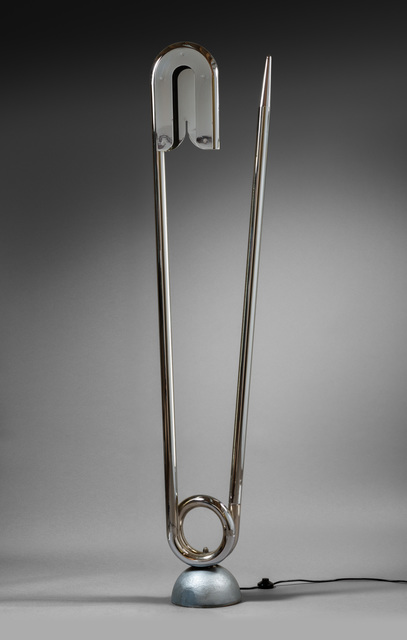 ", '""Epingle de nourrice"" floor lamp,' 1980, Galerie Chastel-Maréchal"