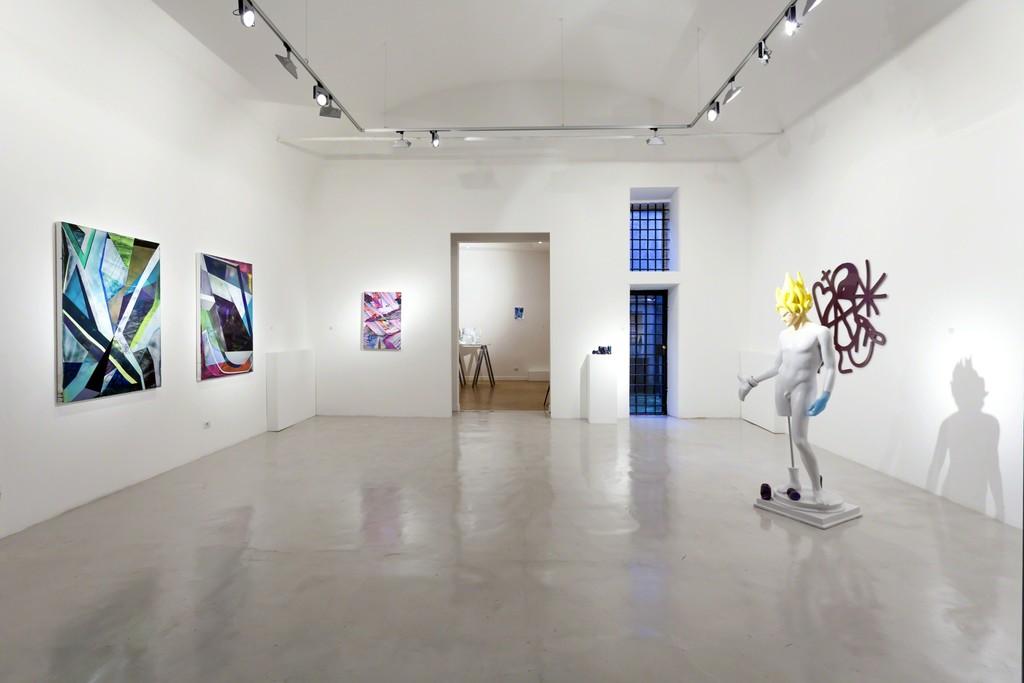 Installation view: Ian Hagarty e Dmitri Obergfell