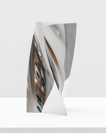Anish Kapoor, 'Curved Triangle Twist', 2014, kamel mennour