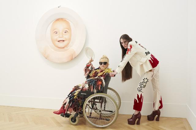 , 'Installation view ED, Teller/Plate, Suzanne Tarasieve and la Wenedikter,No.4,' 2016, Suzanne Tarasieve