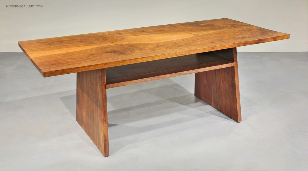 George Nakashima, U0027SPECIAL PORTSMOUTH COFFEE TABLE By George Nakashimau0027,  1968, Moderne