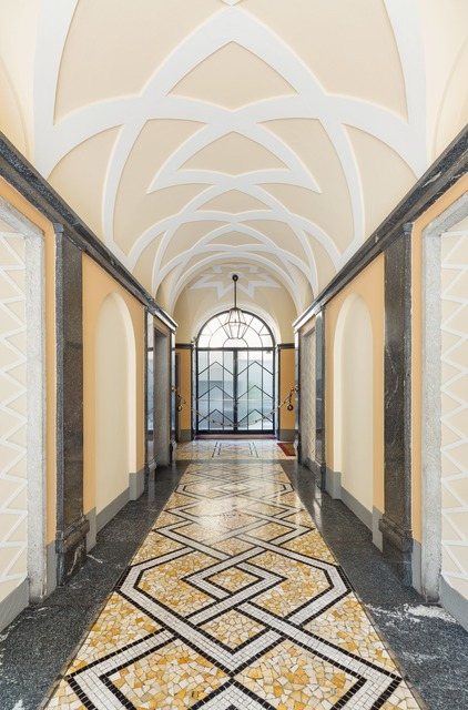 , 'Ingressi di Milano. via Mario Giuriati 5,' , TASCHEN