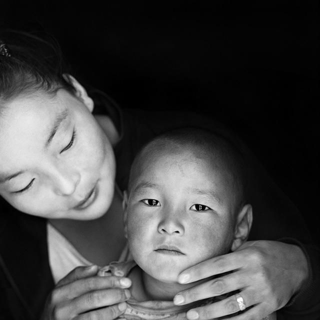 , 'Erdenebayar and her son Zamlen,' 2013, KLV Art Projects