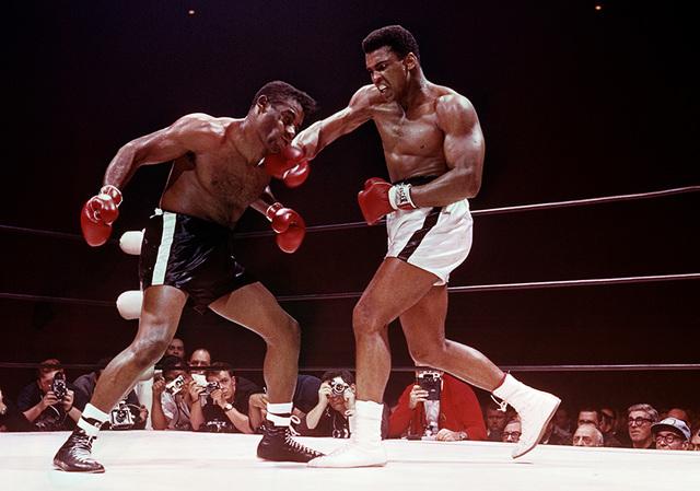 Lawrence Schiller, 'Muhammad Ali defeating Floyd Patterson, Las Vegas, November 1965', 1965, Hilton Asmus