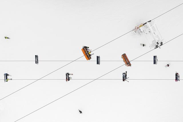 , 'Depth of Winter, Skiers #01,' , Galerie XII