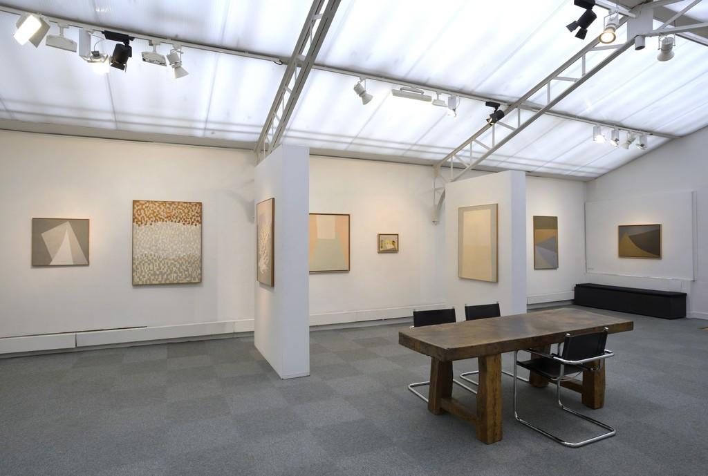 Installation view solo show Vera Pagava © JL Losi