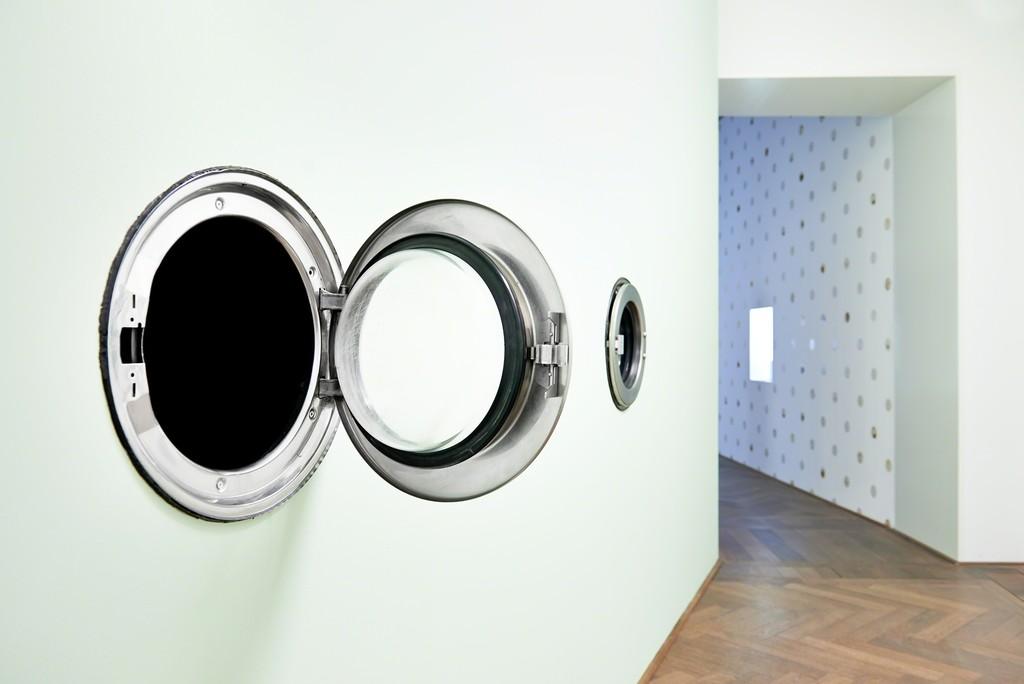"Anicka Yi, The Last Diamond (2015) in ""7,070,430K of Digital Spit,"" Kunsthalle Basel, 2015 Photo: Philipp Hänger"