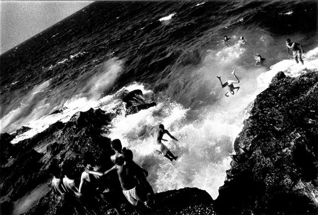 , 'Boys jumping off the Malecón, Havana,' 1996, Sous Les Etoiles Gallery