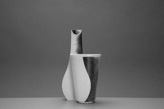 Wilhelm Kåge, 'Rare 'Surrea' Vase', ca. 1940, Design/Decorative Art, Carrara glazed stoneware with hand-painted decoration, Jacksons
