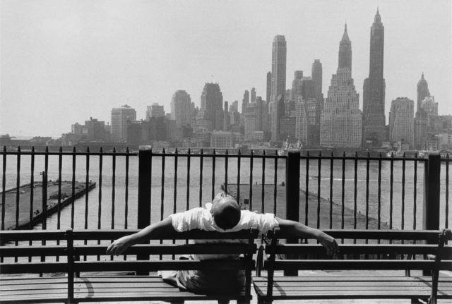 Louis Stettner, 'Brooklyn Promenade, Brooklyn', 1954, Photography, Gelatin silver print, printed 1990s, GALLERY FIFTY ONE