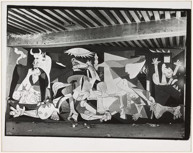 """, 'Huile sur toile """"Guernica"""" en cours d'exécution, état VII, atelier des Grands-Augustins, Paris,' 1937, Musée Picasso Paris"""
