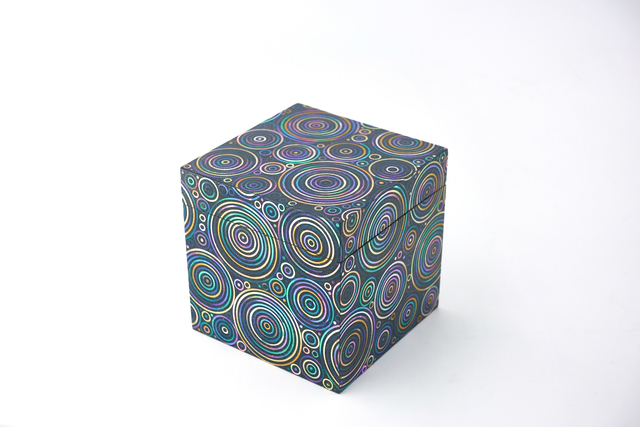 , 'Abalone shell circular pattern lacquer cubic box,' 2015, Ippodo Gallery