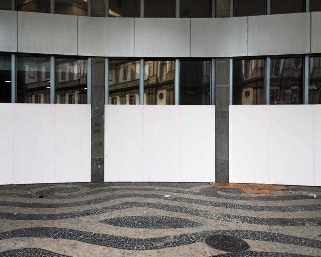 , 'Sem título #21 - da série Mitigação sem impacto (Convite à pintura) [Untitled #21 - from the series Mitigation without impact (Invitation to painting) ,' 2013, Portas Vilaseca Galeria