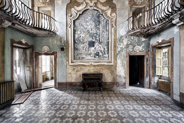 , 'Il Mondo Che Non Vedo No. 54 - Italy,' 2011, Cynthia Corbett Gallery