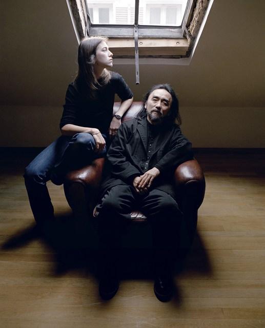 , 'Yojhi Yamamoto and Charlotte Gainsbourg, Paris, 1999,' , Photo12 Galerie