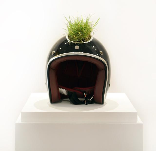 , 'Casco de consciencia móvil,' 2015, Fernando Pradilla/El Museo