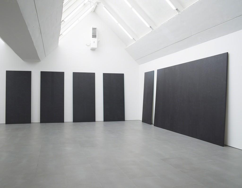 Maria Taniguchi, Exhibition view at carlier | gebauer, Berlin, 2015
