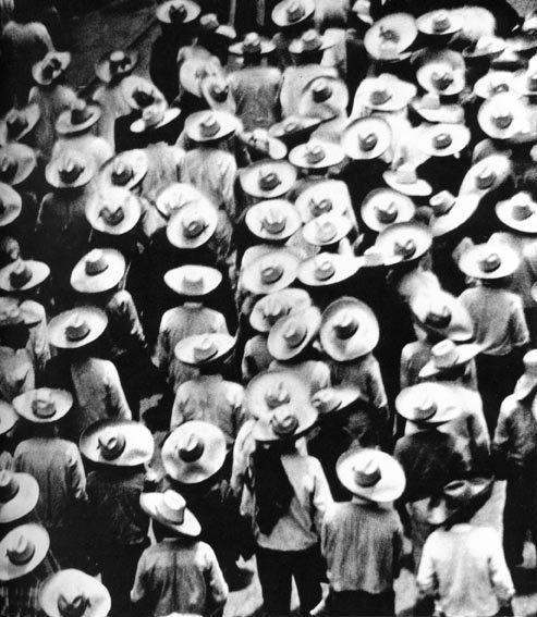 , 'Marcha de los trabajadores,' ca. 1926, Galeria Enrique Guerrero