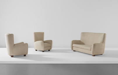 Relax sofa and pair of armchairs