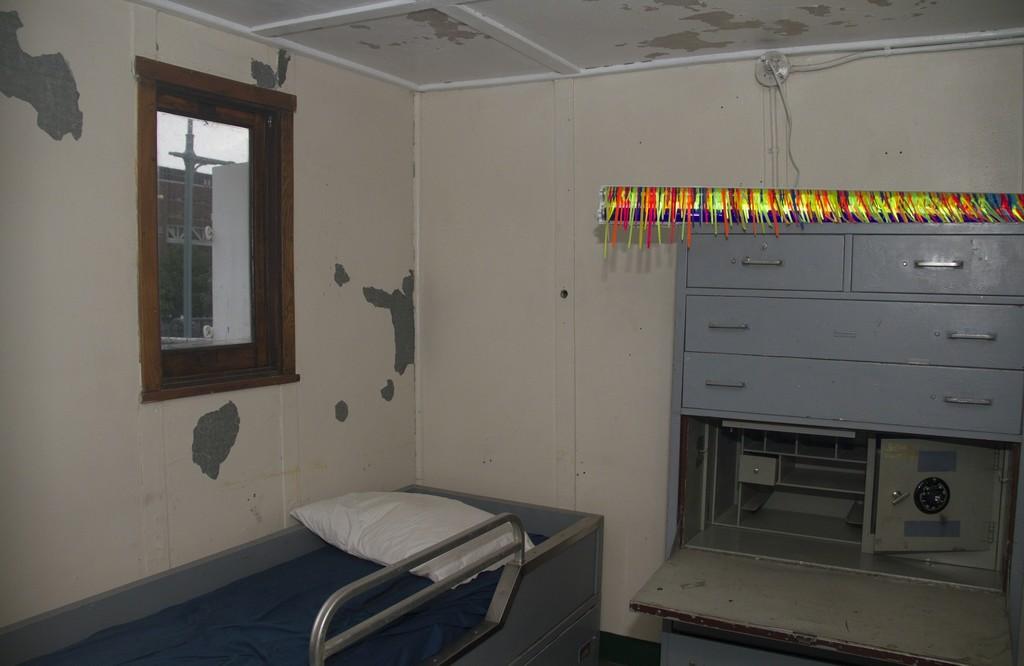 Captain's Room: Latitude