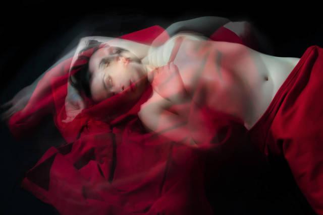 , 'L'anima brucia più di quanto illumini 1,' 2018, Liquid art system