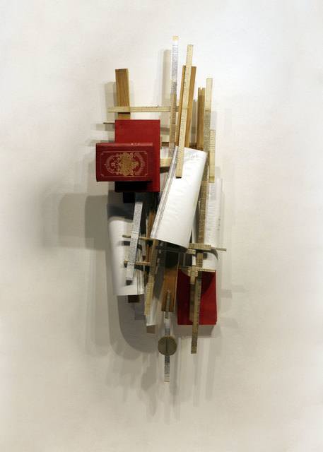 Carlos Sánchez Alonso, 'Destructuring of red and white words and fives', 2018, Sculpture, Wood, books and plastic, Galería Marita Segovia